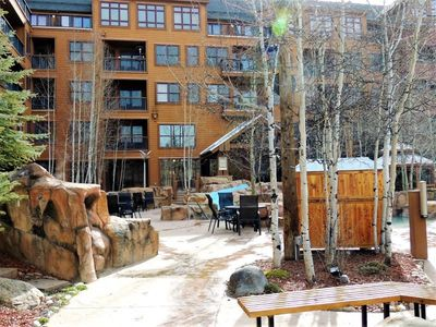 Photo for 2 Bedroom next to the Keystone gondola and chairlifts.  Great family location.
