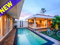 Very quiet newly built villa in a good location between the two parts of Canggu. Good layout with
