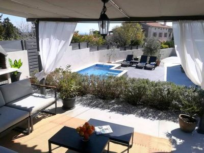 Photo for This 2-bedroom villa for up to 8 guests is located in Liznjan/Ližnjan and has a private swimming poo
