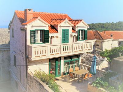 Photo for Charming stone house with exclusive complete equipment, fully air conditioned