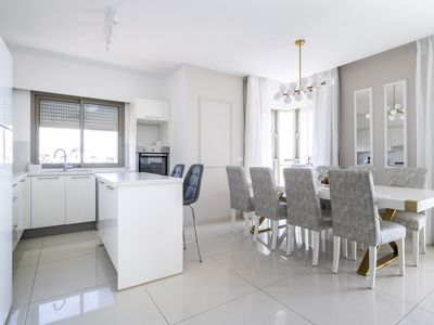 Photo for Luxury Three-Bedroom/Terrace Over City View
