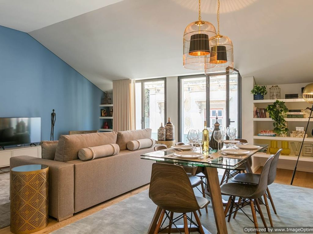 Captivating Central Lisbon Apartment Rentals, Holiday Rental Lisbon, 2 Bedroom Apartment  To Let In Lisbon