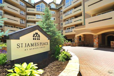 Welcome to St. James Place! Wonderful amenities await