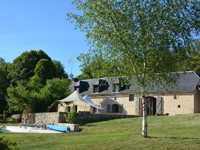 Photo for Beautiful farmhouse in the countryside with swimming pool - Périgord Noir
