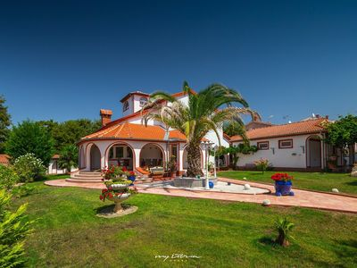 Photo for Beautiful villa with pool near Porec