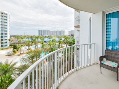 Photo for Inviting PRIVATE BALCONY, OPEN CONCEPT vacation condo! POOLS & NEARBY BEACHES!🏖