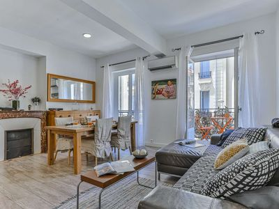 Photo for Large 3 bedroom apartment - Balcony - A/C