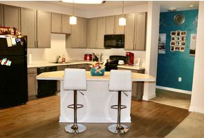 Photo for 1BR Apartment Vacation Rental in Gaithersburg, Maryland