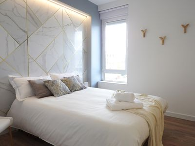 Photo for Marble Bedroom, Lisbon Airport Charming Rooms