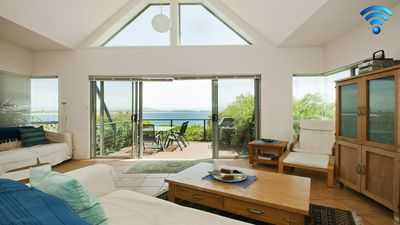 Photo for Tilbury Breeze - ocean views, comfort and style
