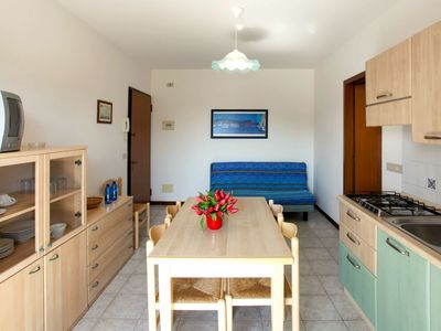 Photo for Lovely apartment for 5 people with pool, A/C, TV, balcony and parking