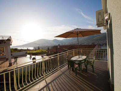 Photo for Holiday apartment Trogir for 6 - 8 persons with 3 bedrooms - Holiday apartment