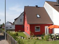Very pleasant house and location