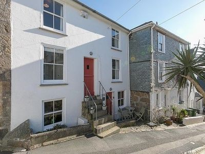 Photo for Luxury Fishermans Cottage Sleeps 5, Fantastic Central St Ives Location. Wifi, pet & family friendly.