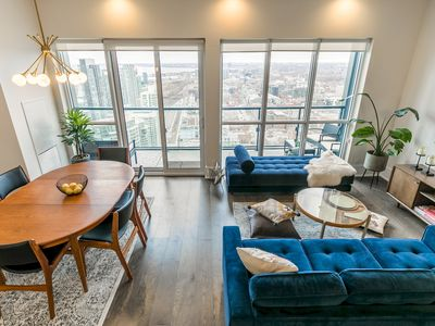 Photo for Mid-Century Suite with Majestic Sunset View