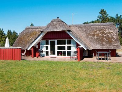 Photo for Rustic Holiday Home in Rømø with Lawn