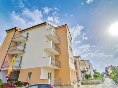 Photo for Apartments Ivan, (2005), Podstrana, Split riviera, Croatia