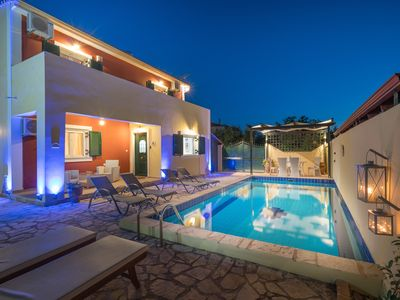 Photo for Arge 3-Bedroom Villa with Private Pool, near Zante Town
