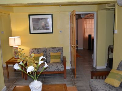 Spacious, 1-bedroom, self contained, AC, Cable TV,