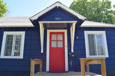 Fully Renovated Charming bungalow *Duplex*