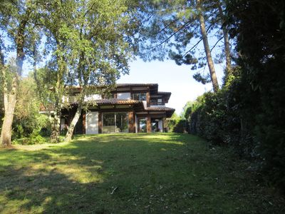Photo for Villa lux. **** 245m2, comfortable, 2500m2 garden, steinw piano., Residential