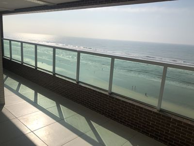 Photo for Apartment Mongaguá Beachfront Downtown 2 bedrooms 1 suite 86 mts.