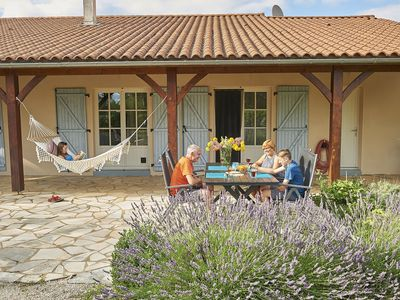 Photo for Detached bungalow on a child-friendly holiday park