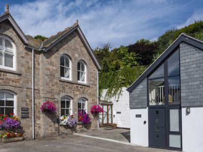 Photo for Sergeant's Retreat: 4 bed, 3 bath in quiet location in heart of St Ives