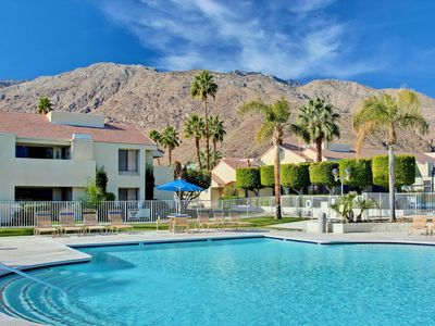 Photo for Condo in the heart of Palm Springs - 7 Day min