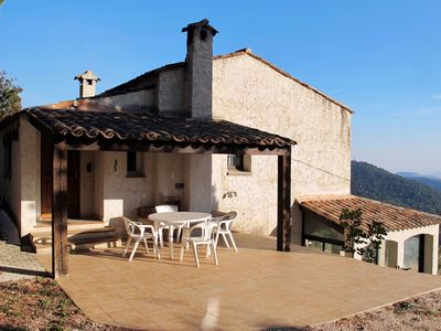 Photo for Beautiful  villa for 6 people with pool, hot tub, WIFI, TV, balcony and parking
