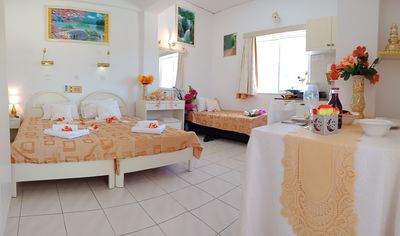 Photo for Evli Luxury self catering apartments 7minutes walk down to center of Rethymno