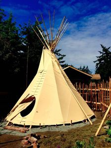 Photo for Traditional Sioux Nomadic Garden Tipi