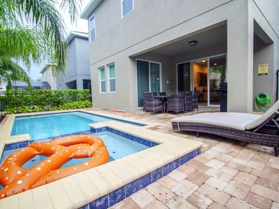Photo for ACO PREMIUM – 6Bd with Private Pool, Spa and Grill (1848)