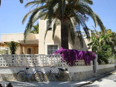 Photo for ** beautiful holiday home *  large sun terrace * private parking * 200m beach **