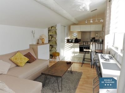 Photo for Comfortable pied-à-terre in Provence (classified Meublé de tourisme 3 stars)
