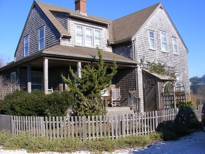 Photo for Wonderful Home with Cottage in Fisher's Landing