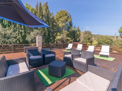 Photo for Villa with garden, swimming pool and sun terrace