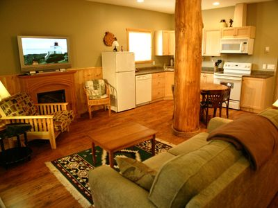 Photo for Beautiful One Bedroom Cabin Suite #1