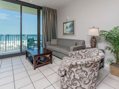 *Roll-in Shower* Wheelchair Accessible Beach Front Hotel Suite