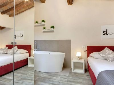 Photo for Apartment for 4 people 20m from the Duomo in a historic building.