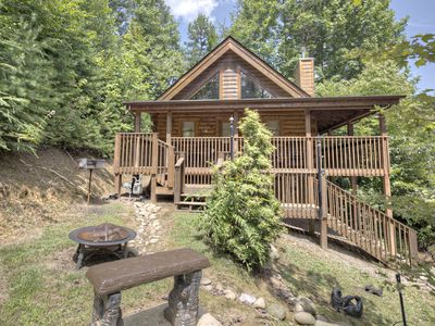 Photo for Cupid's Hideaway - Convenient to downtown Gatlinburg and the National Park!