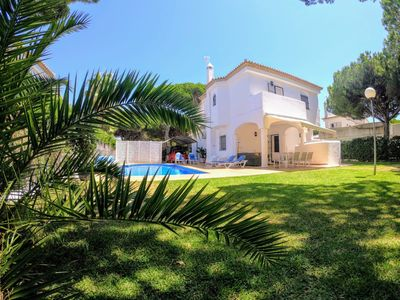Photo for nice villa only 200m from the beach, with pool and aircon, for 8 persons, in Urb.Roche