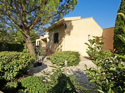 Photo for Vacation home Javelle (CRP110) in Carpentras - 8 persons, 4 bedrooms
