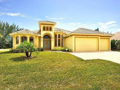 Photo for Villa Majestic, Cape Coral  in Florida Westküste - 6 persons, 3 bedrooms