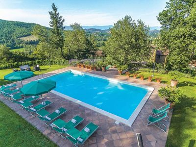 Photo for Beautiful stone villa w/ look-out tower, pool, 2 lounges + Jacuzzi