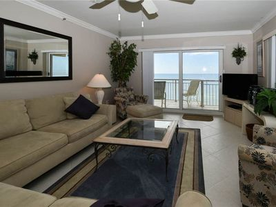 1 Destin Towers 133 - Living Area