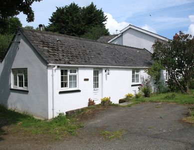 Photo for Stoneyford Cottage, ideally located for exploring all of Pembrokeshire