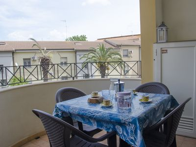Photo for Three-room apartment 300 meters from the sea Ombrina