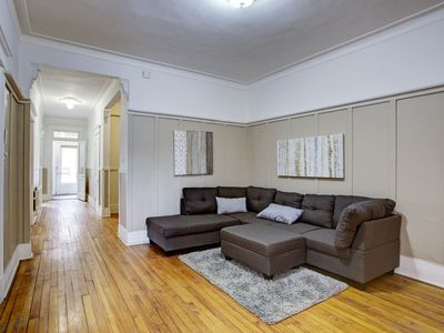 Photo for Great Montreal Apartment Ground floor Mile-End