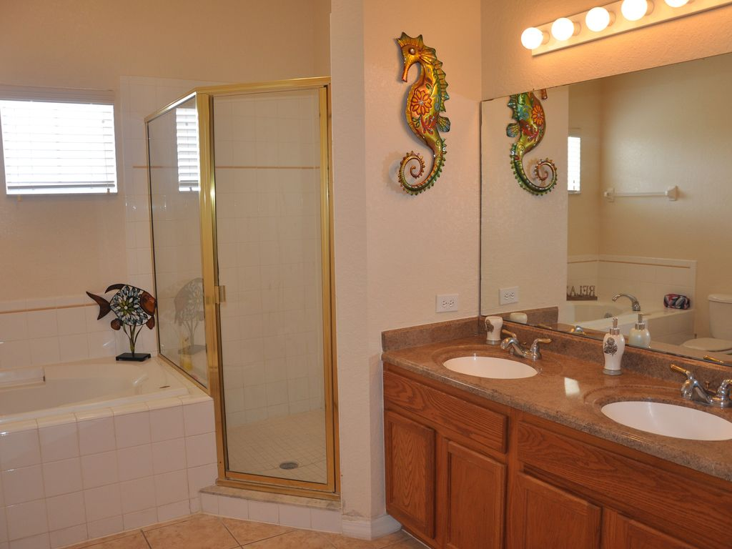 Spring Savings Only Few Nights Left 3bed2bath 1739sq Ft
